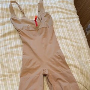 Spanx Nude One Piece SZ Medium